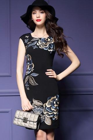 Đầm in họa tiết hoa cổ điển - TD207